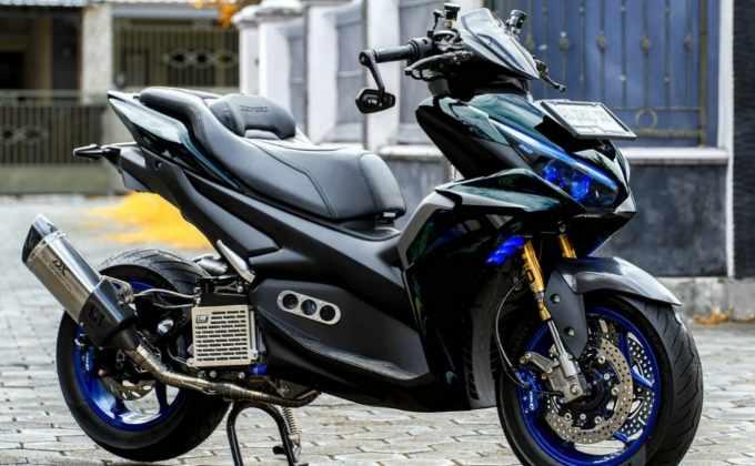 Modifikasi Yamaha Aerox Connected
